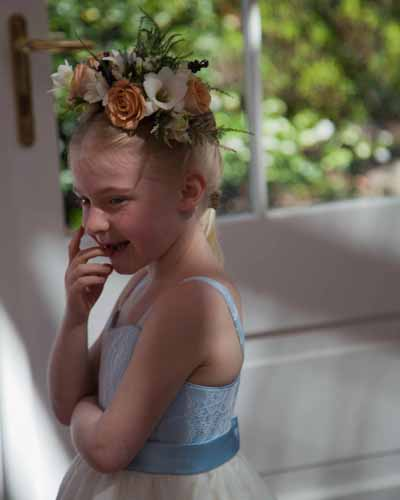 How cute is this? Beautiful headpiece by Judith Searles