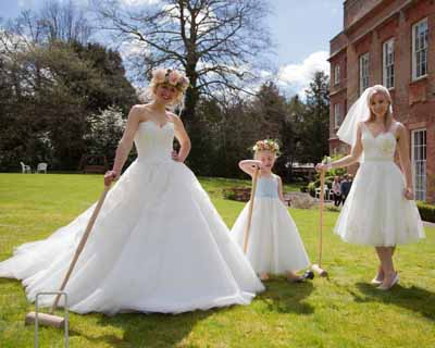 Sass & Grace Bridal Boutique roaming catwalk at Old Alresford, Hampshire, Cymbeline, Amanda Wyatt, Flower Girl